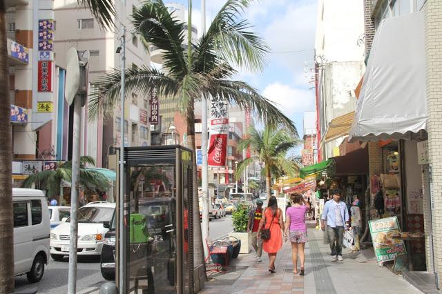Exploring Naha City: Kokusai Street!